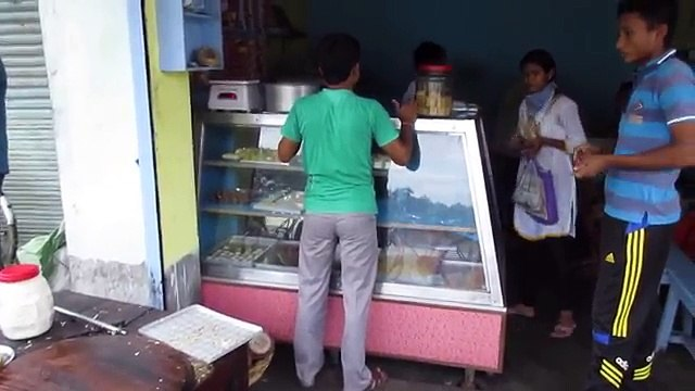Big Paratha in India - Bengali Street Food India - Indian Street Food Kolkata