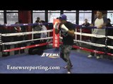 Erick Bone vs Chris Algieri Check out erick working!!! esnews boxing