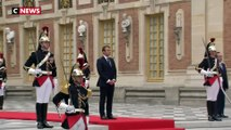 Poutine est arrivé à Versailles pour rencontrer Macron