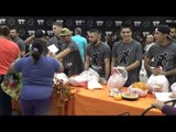 golden boy promotions handing out 700 thanksgiving dinners EsNews Boxing