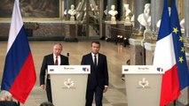 Macron e Putin mantêm diálogo 'franco' sobre Síria e Ucrânia
