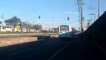 Motoristas avançam sinal vermelho na BR 101 na Serra