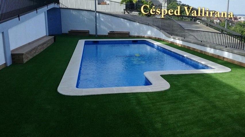 Ejemplos de instalacion cesped artificial soft en una piscina