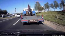 Idiot Drivers - Dashcam Show. New Car Funny Videos 2017, Driving Fails Vehicles in Traff