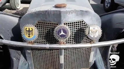 Abandoned old antique retro cars in Dubai. Abandoned vintage mercedes benz c
