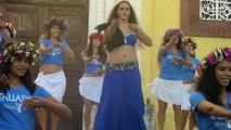 """La petite-FILLE du Président de France/MACRON """"EMMA"""" .. DANSEUSE, en vacances ici, en Polynésie .. Danseuse du TAMURE !"""