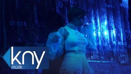 Erdem Kınay Ft. Merve Özbey - Boynun Borcu (Official Video)
