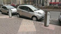 Crean un sistema de carga instantánea para los coches eléctricos
