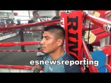 robert garcia working mitts with mikey garcia - EsNews boxing