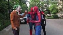 Spiderman SAW Horde of Zombie! Horde of Zombie Bite Spiderman Venom Joker Spiderman Muscle Action Mo