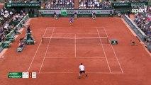 Roland-Garros 2017 : Khachanov vise Andy Murray et obtient le debreak derrière ! (6-3, 6-4, 4-4)