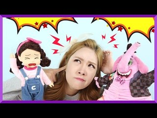 [Fairy Tale] Julie's Story 'There's a dinosaur living in Carrie's place!!' | CarrieAndEnglish