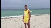 La nouvelle vidéo WTF d'Hatem Ben Arfa à la plage...