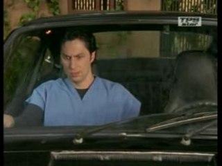 JD dans la voiture du Dr Cox
