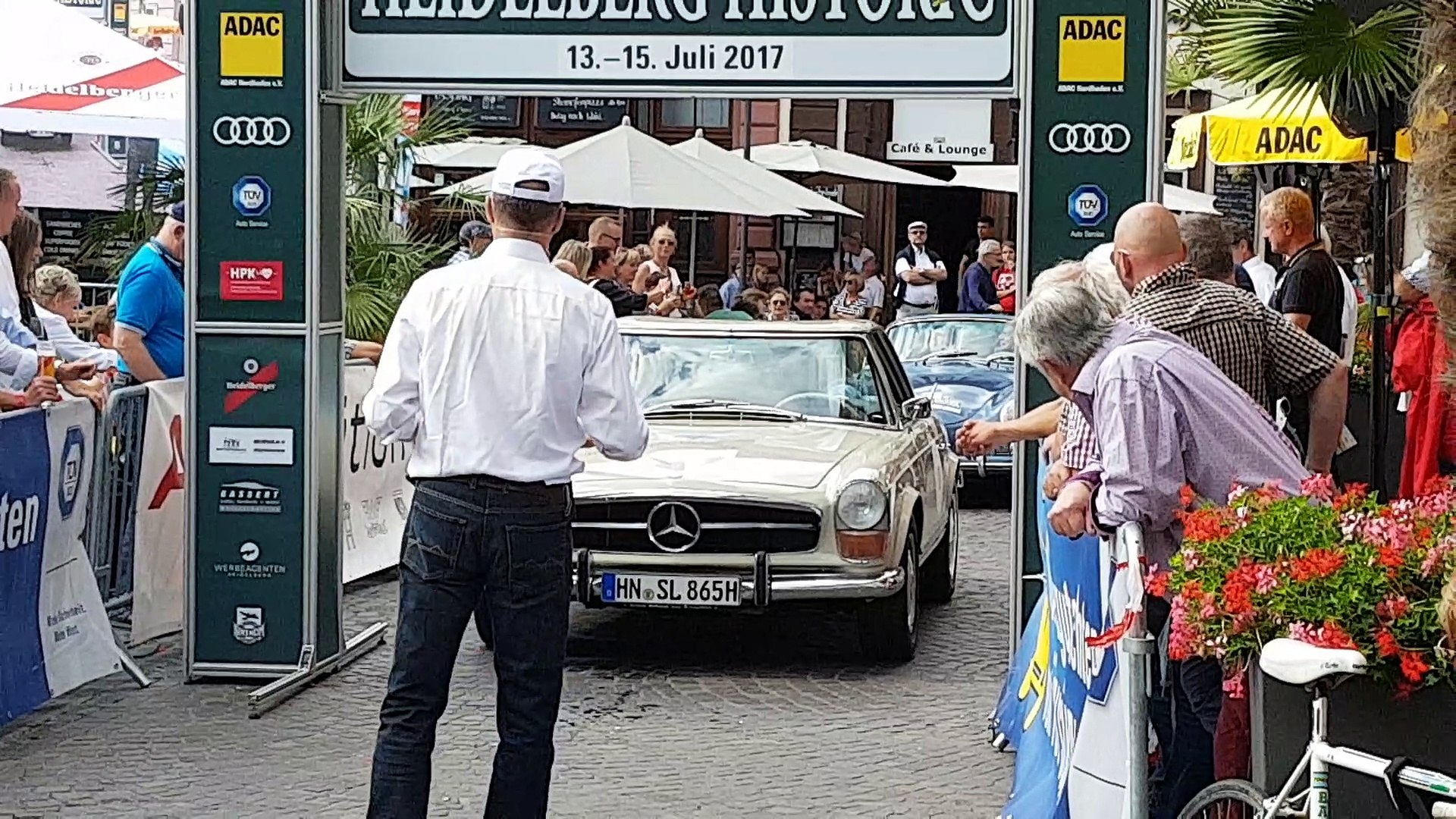 Mercedes-Benz 230 SL - Mercedes Pagode