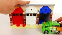 Et autobus voiture feu pour des déchets enfants école un camion Véhicules avec Jeu de garage