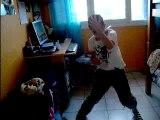 Moi ki dance la tecktonik