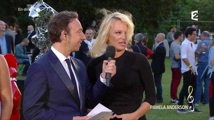 Fr 2 : Pamela Anderson