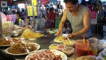 Street Foods Around The World 18 - Taiwan Street Food Scenes, Street Side Teppanyaki and More Delicious Delicacies