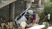 Alkollü sürücü köprüden uçtu