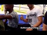 Tim Bradley Sings In Spanish Mis Tres Animales - esnews boxing