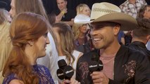 Dustin Lynch on Touring with Brad Paisley and Hearing