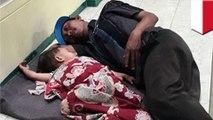 Terharu! Foto pedagang bakso tidur di lantai bersama anak balitanya setelah ditinggalkan istri - TomoNews