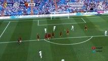 Le coup franc somptueux de Luis Figo avec les légendes du Real Madrid