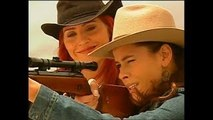Pasion de Gavilanes - Rosario ( Zharick Leon ) intentar matar a Sarita ( Natasha Klauss )