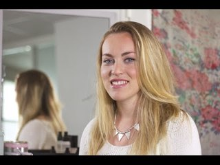 Maquillage : comment appliquer son fond de teint ?