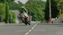 James Hillier évite une chute de justesse sur l'île de Man (TT 2017)