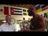 Hollywood star DUSTIN HOFFMAN visiting Ray Bletran In Camp - esnews boxing