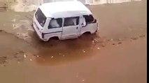 242.जब नदी मे आयी बाढ पुरा का पुरा ब्रिज डुबा पानी मे फिरभी एक गाडी उसपार जाना चाहतीथी तब जो हुवा....--