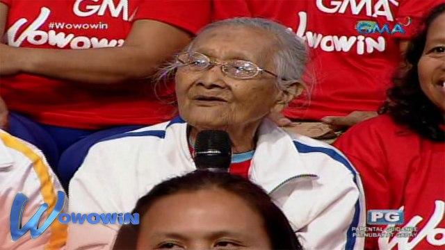Wowowin: 95-year-old na lola, hinalikan sa bumbunan si Willie Revillame