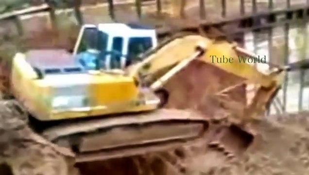 Extreme Excavator Drivin