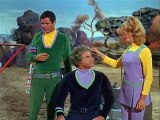 Lost In Space S03 E9  Collision Of The Planets