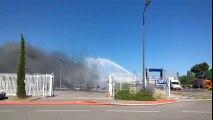 Violent incendie à l'usine Mader à Sorgues : le feu n'est toujours pas maîtrisé