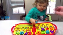 Best Learning Videos for Kids Smart Ksdfeid Genevieve Teaches toddlers ABCS, Colors! Kid Learn