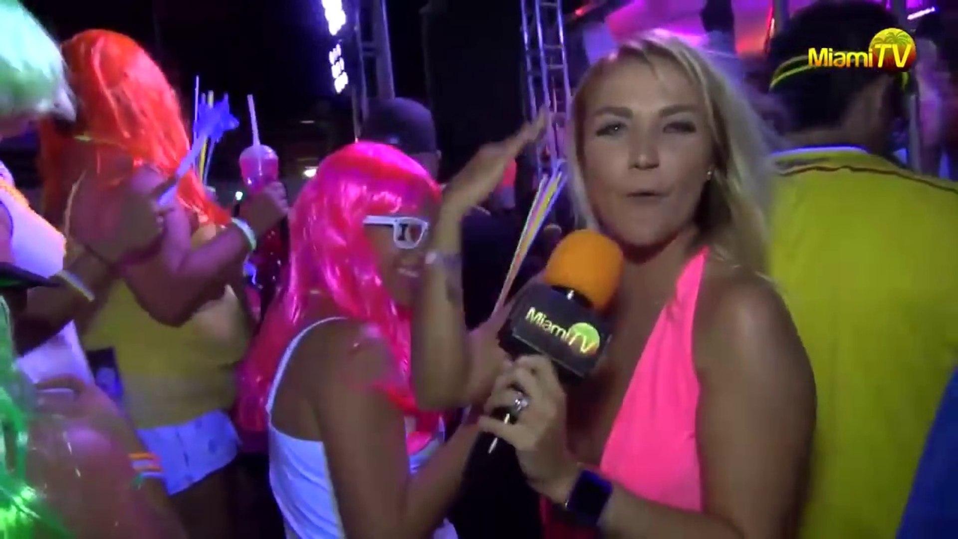 Jenny Miami Tv Topless jenny scordamaglia @ adventura dance party