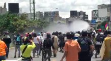 Police Fire Tear Gas at Caracas Protesters on 80th Day of Anti-Government Rallies