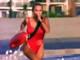 Alerte à Malibu - Pamela Anderson court en slow motion