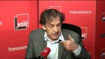 """Alain Finkielkraut : """"La première tâche du gouvernement devrait être de reconquérir les territoires perdus de la République."""""""