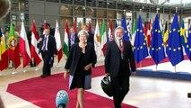 May apresenta projeto para 'proteger' europeus no Reino Unido