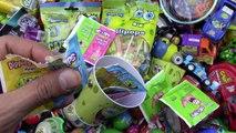 Un et un à un un à et des sucreries Bonbons les couleurs des œufs Apprendre Beaucoup de de Bob léponge pantalons carrés avec surprise