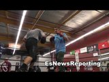 mikey garcia working mitts with robert - EsNews Boxing