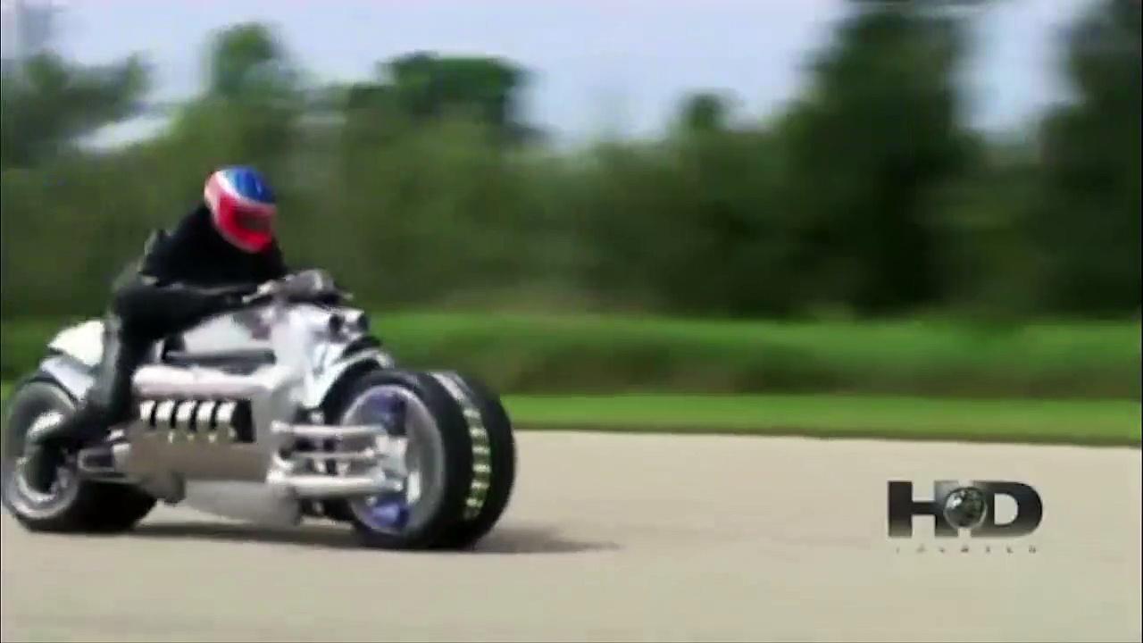 400mph speeds. Dodge Viper vs Dodge Tomah