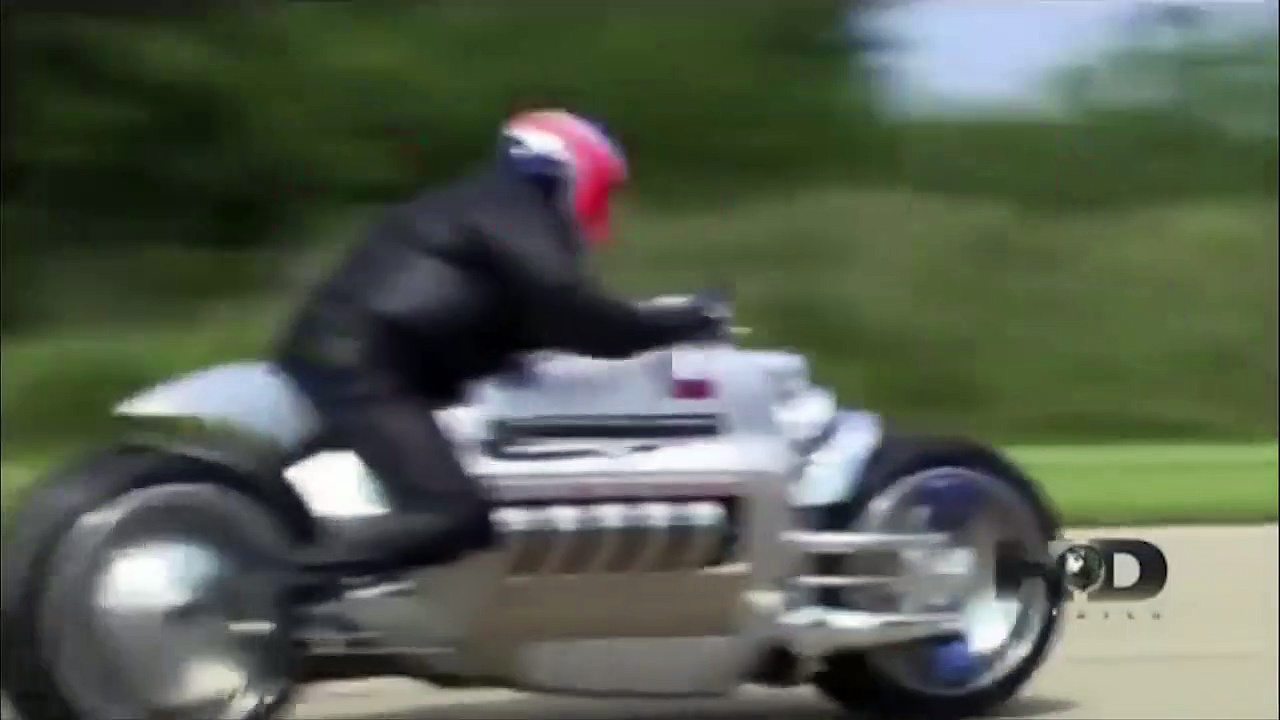 400mph speeds. Dodge Viper vs Dodge Tomahaw