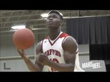 ZION WILLIAMSON'S SICK DUNKS HAS THE CROWD GOING CRAZY! 35 Points vs Pee Dee Academy!