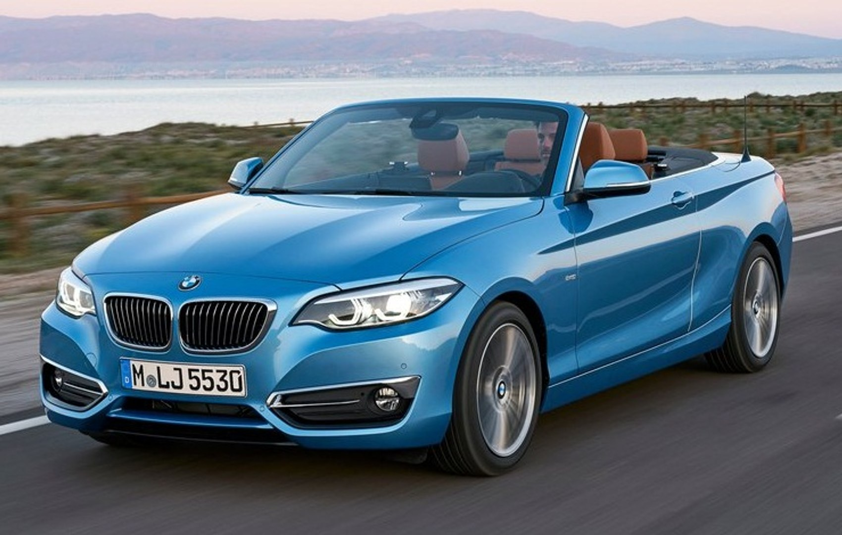 2018 Bmw 2 Series Convertible Vs Mercedes E Class Cabriolet Video Dailymotion