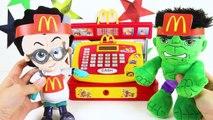 Trolls Branch Eating McDonalddfgr's Happy Meal with Poppy, PJ Ma